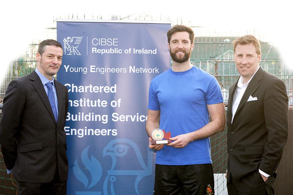 Robin Chandler (Sponsor - Hitachi), Ross Hazley (Winning Team - WFL), David Doherty Chairman CIBSE